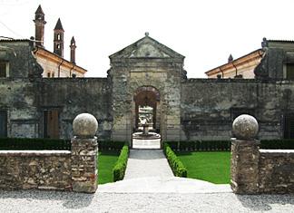 allegrini_castello.jpg